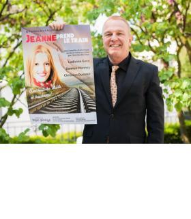 Christian Dustour tient l'affiche de la première pièce dont il est à la fois l'auteur et le metteur en scène. MISSON