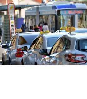 Les chauffeurs de taxi lausannois dénoncent une précarisation croissante. VERISSIMO