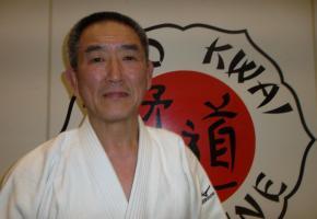 Maître Hiroshi Katanishi, une vie dédiée au judo. Wullschleger.