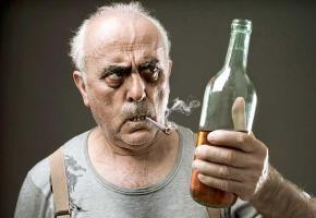 La santé mentale des aînés va mal. En cause, une hausse des addictions et des démences. Débordés, des médecins tirent la sonnette d'alarme et préconisent un renforcement des soins à domicile.