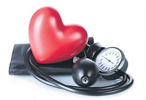 Manger sainement et pratiquer un sport, une bonne manière de lutter contre l'hypertension. dr