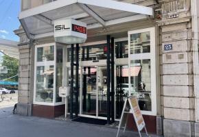 Le siège historique des SIL, à Chauderon. En médaillon le municipal Jean-Yves Pidoux. CA