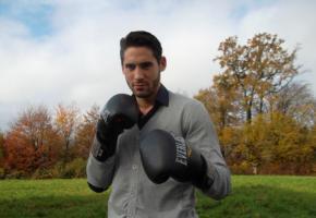 Jamal Dlala: laborantin lel jour, boxeur la nuit. WULLSCHLEGER
