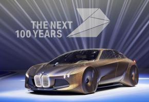Le concept VISION NEXT 100 regroupe les idées les plus avancées, tout en conservant le dynamisme et un design chers à BMW. dr