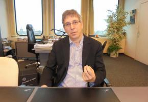 Oscar Tosato, Municipal en charge des Sports et de la cohésion sociale.