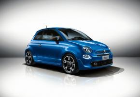 FIAT 500 C S • Les retouches stylistiques ne modifient que très peu sa silhouette. Toujours aussi craquante, la Fiat 500 s'adapte.