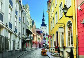 Jusqu'en 1918, Tallin, la capitale de l'Estonie, s'appelait encore Réval.