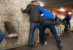 Un contrôle de police qui finit dramatiquement et une polémique politique au bout (photo d'illustration). dr