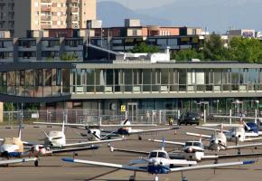 Les riverains de l'aéroport estiment qu'il génère encore beaucoup trop de nuisances. CCHE