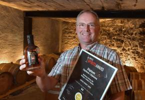 Alain Bettems et son whisky, une aventure commencée en 2005. VERISSIMO