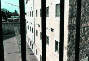 A l'image de la prison du Bois-Mermet, les prisons vaudoises débordent de toute part.