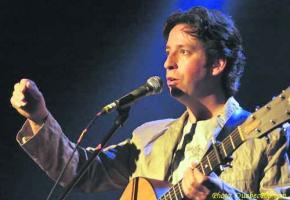 Stéphane Côté chante le Québec