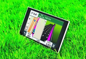 Nüvi 3597 LMT • Pour se distinguer de la morosité du marché des GPS,