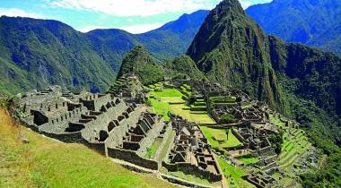 Le Machu Picchu se situe sur le versant oriental des Andes centrales.