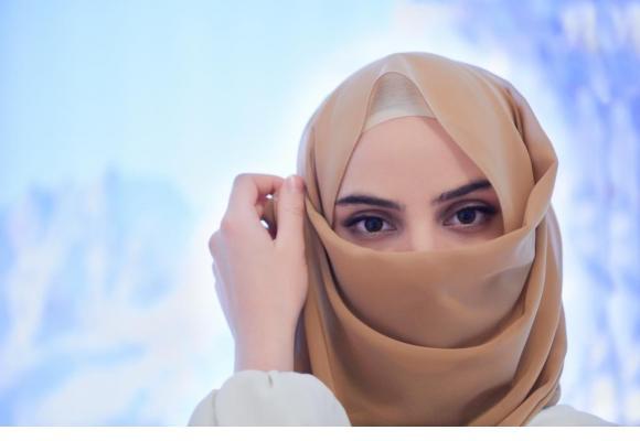 Les femmes musulmanes de Suisse demeurent extrêmement discrètes dans le cadre de cette votation. 123 RF