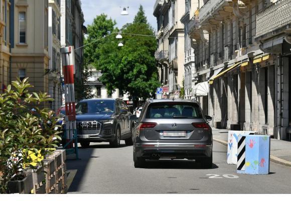 Les nouveaux aménagements empêchent les voitures de se croiser. VERISSIMO