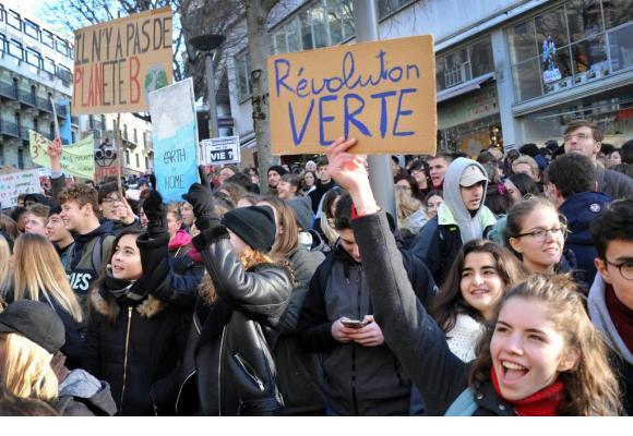 Les écoliers/étudiants qui le souhaitent pourront manifester le 15 mars prochain.