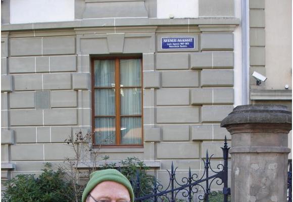 En mars 2008 déjà à Lausanne, l'historien Hans Fässler militait pour faire connaître les idées racistes de Louis Agassiz. DR