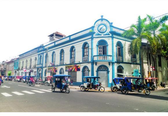 La très pittoresque ville d'Iquitos, d'où partent les excursions. 123RF