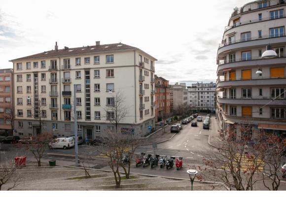La rue du Maupas, et en dessous l'avenue de France, au niveau de la jonction de la rue de l'Ecole du commerce. MISSON