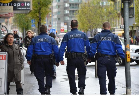 Diminuer la taille des patrouilles permet de les démultiplier et d'augmenter la visibilité policière. VERISSIMO