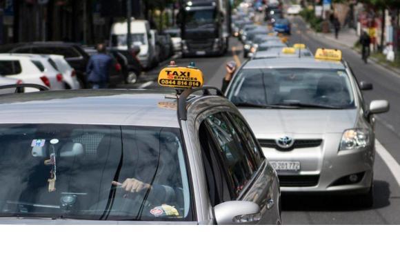 Dès 2025, les taxis lausannois seront propres. ECONOMIE-REGION-LAUSANNE