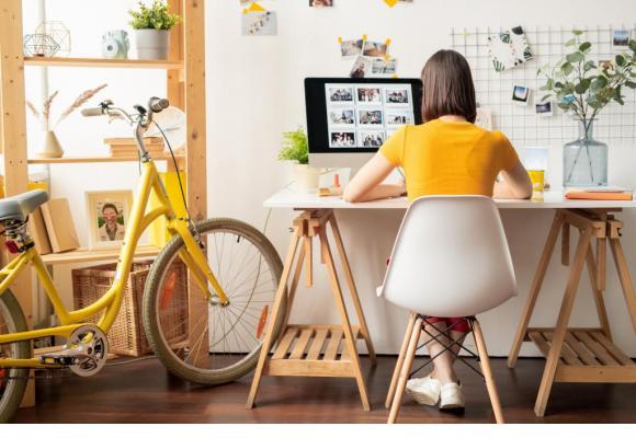 Loyer, ordinateur, consommables, électricité, internet...: que peut demander l'employé en télétravail? 123RF