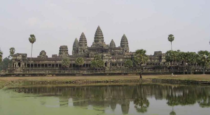 Angkor Wat, le plus célèbre des temples-montagne. DR