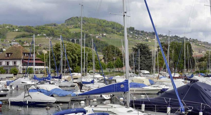 Les places d'amarrage sont plutôt rares dans les ports privés vaudois.VERISSIMO