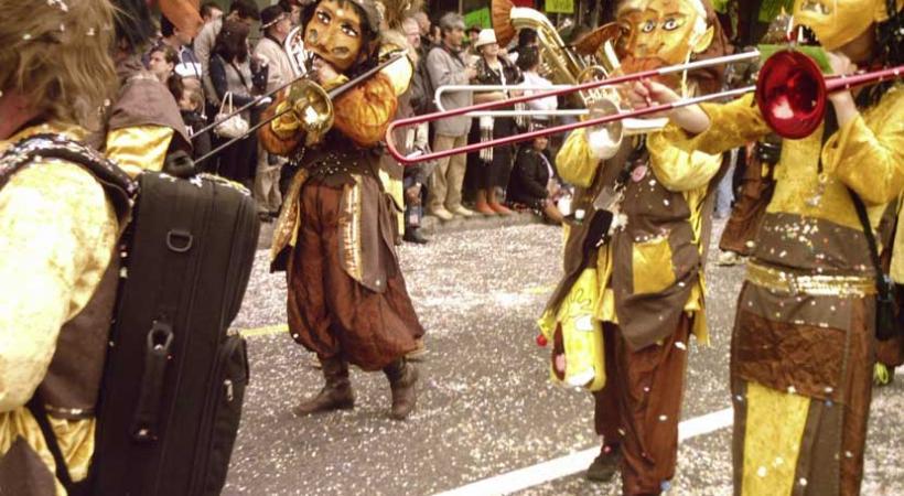 29ème Carnaval de Lausanne sera animé par de nombreuses Guggenmusiks, orchestres, manèges et cortèges où les enfants sont rois.
