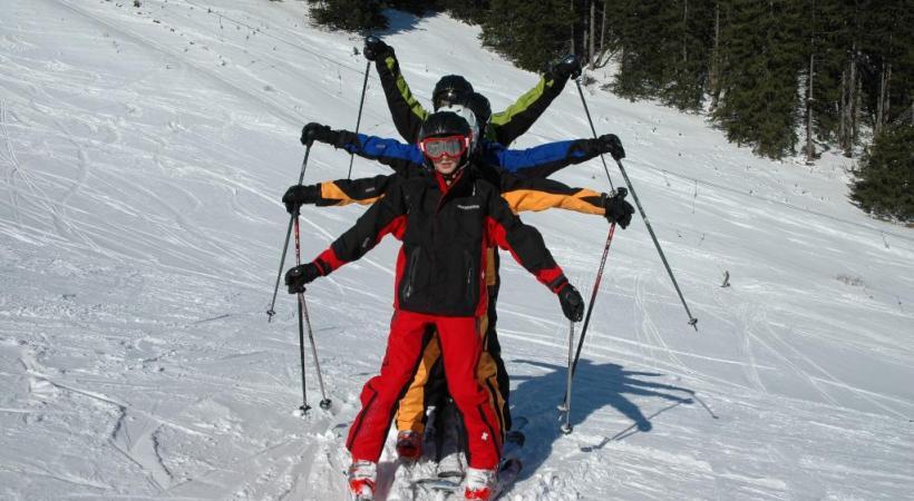 Equipé d'un patin, le yooner permet  de «tailler» des courbes.