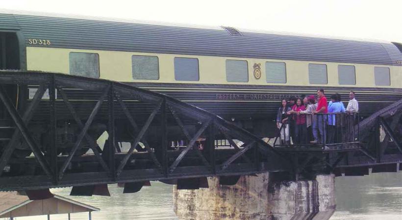 Halte sur le pont de la rivière Kwai.