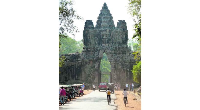 Porte d'entrée des sites d'Angkor.