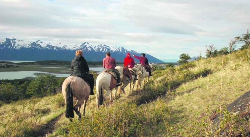 Randonnée équestre en Patagonie.
