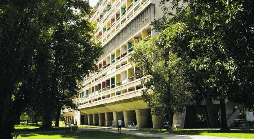 La Cité radieuse de Le Corbusier.