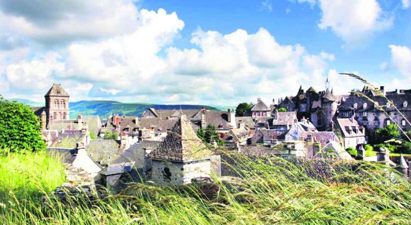 Salers est l'un des plus beaux villages de France.