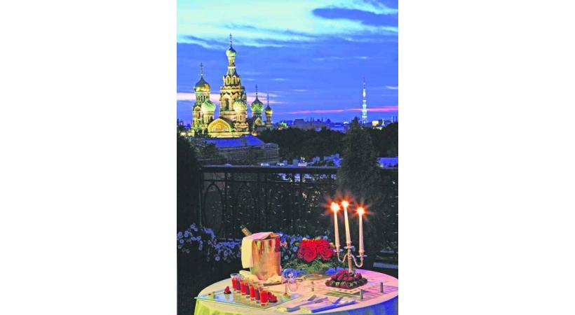 Repas aux chandelles à l'hôtel Europe, avec une vue magique sur la ville.