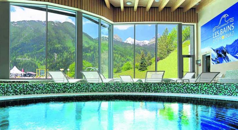 Un balcon qui s'ouvre sur un paysage montagneux exceptionnel.