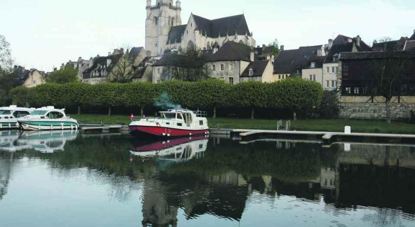 Escale à Dole, ville natale de Pasteur.