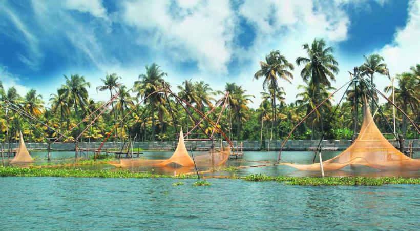 Pêche au carrelet à Kochi.