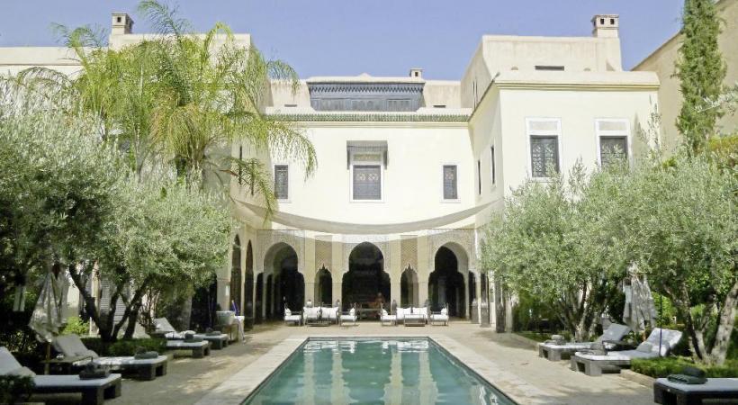 La Villa des orangers reflète l'architecture traditionnelle. PHOTOS CARLOS BRITO & BERNARD PICHON La médina d'Essaouira dispense un artisanat de qualité . Charme et authenticité, les mots-clés des Bains berbères.