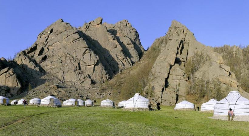 Découverte des yourtes en Mongolie. RETO HUEGLI