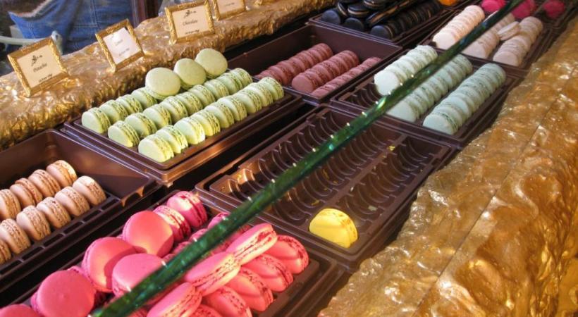 Les célèbres macarons Ladurée. DR