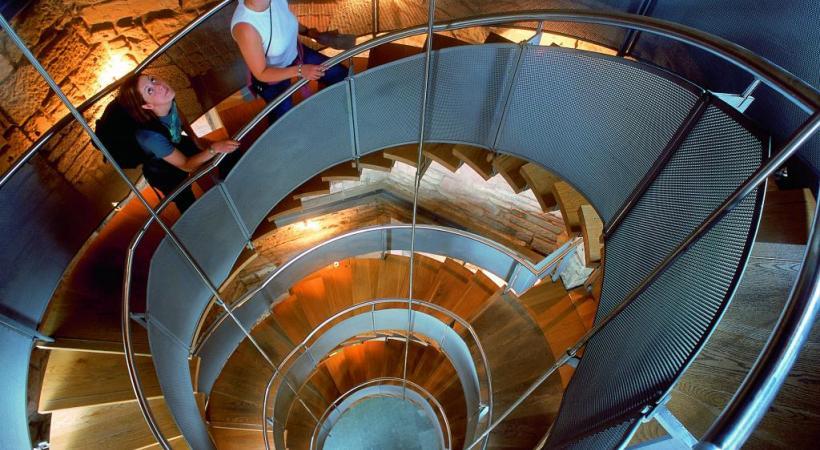 A Glasgow, la place de l'Hôtel de Ville. BP Le château de Stalker, au Loch Laich. DR La Lighthouse, centre culturel de Glasgow. DR