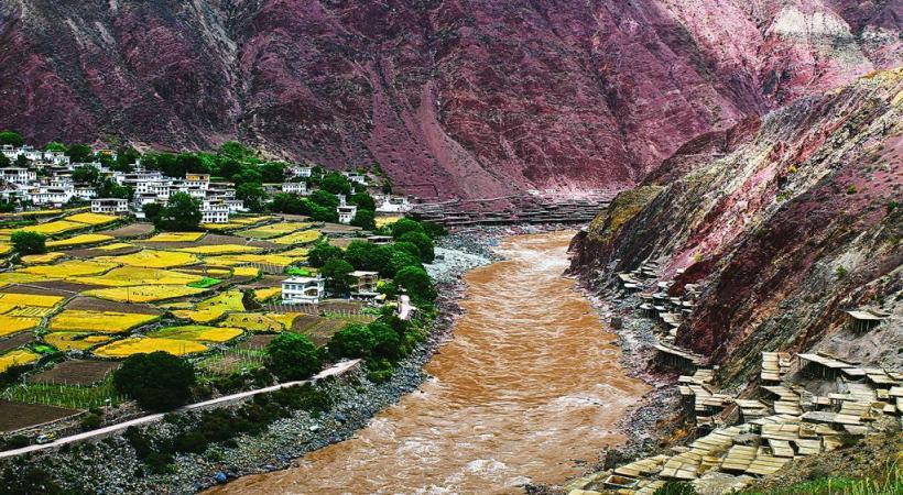 Les seules mines de sel du Mékong sont tibétaines à Yaning, en Chine.