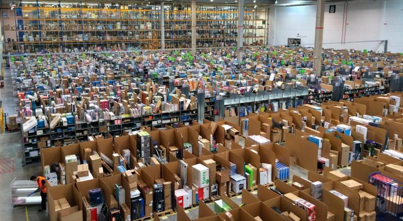 Faut-il s'inquiéter du succès de la nouvelle économie? Ici les ateliers d'Amazon. DR