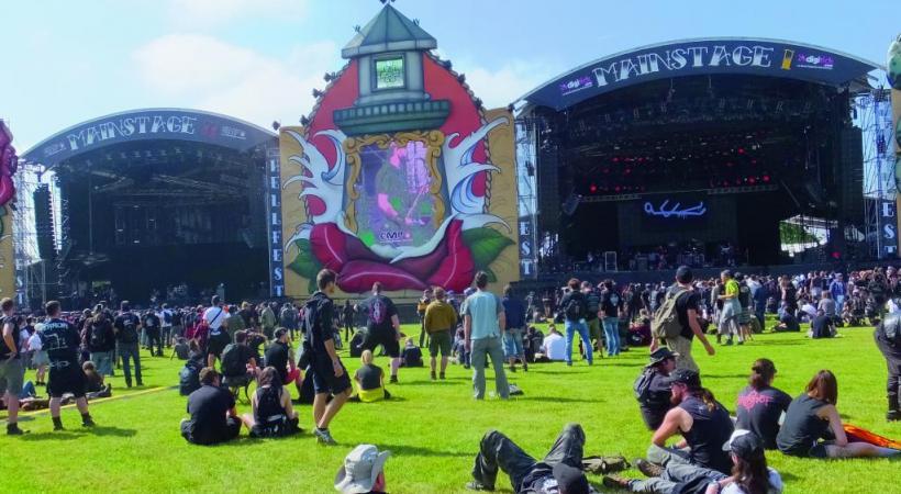 Hellfest, le plus important festival de métal de France. OFFICE DE TOURISME DU VIGNOBLE DE NANTES