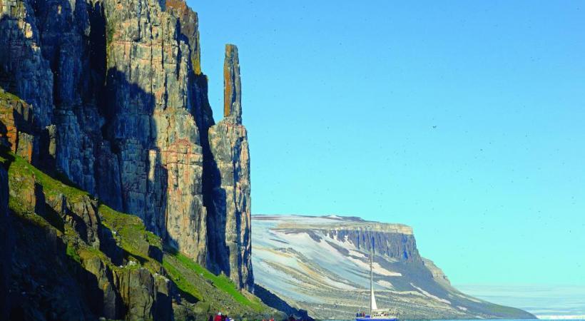 Spectaculaires, les glaciers du Spitzberg n'en sont pas moins en régression.