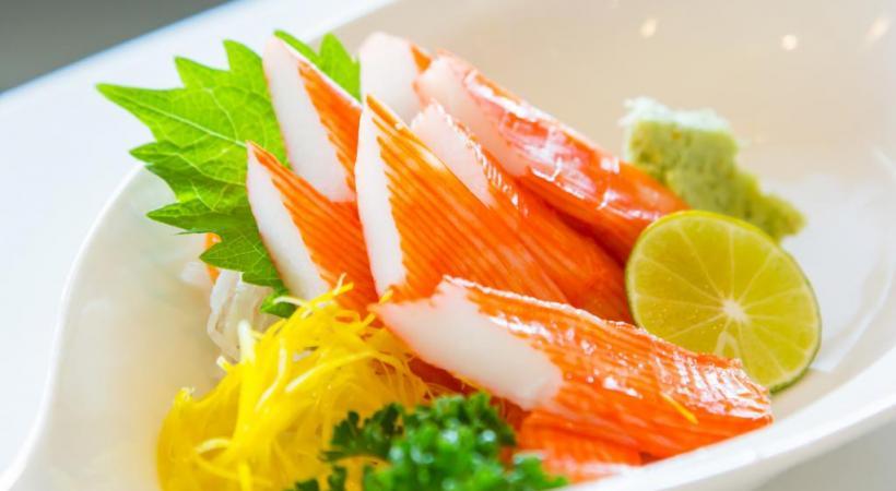 Selon la coutume japonaise, il faut le râper finement à l'aide d'une râpe en bois ou en peau de requin.  DR