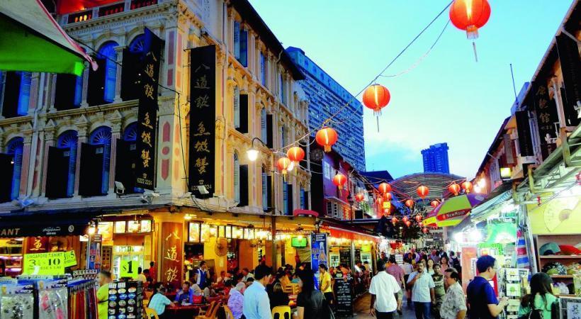 Chinatown est un aimant touristique de jour comme de nuit.